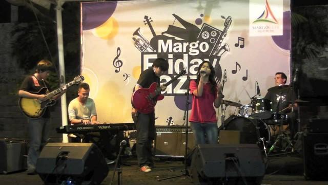 Dhea 1 LIVE @ margofridayjazz.com